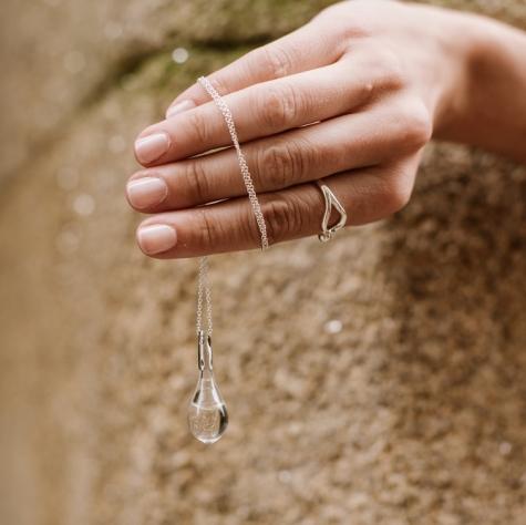 Gota de Lluvia de Santiago plata de ley y anillo colección.