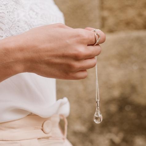 Gota de Lluvia de Santiago Transparente y anillo