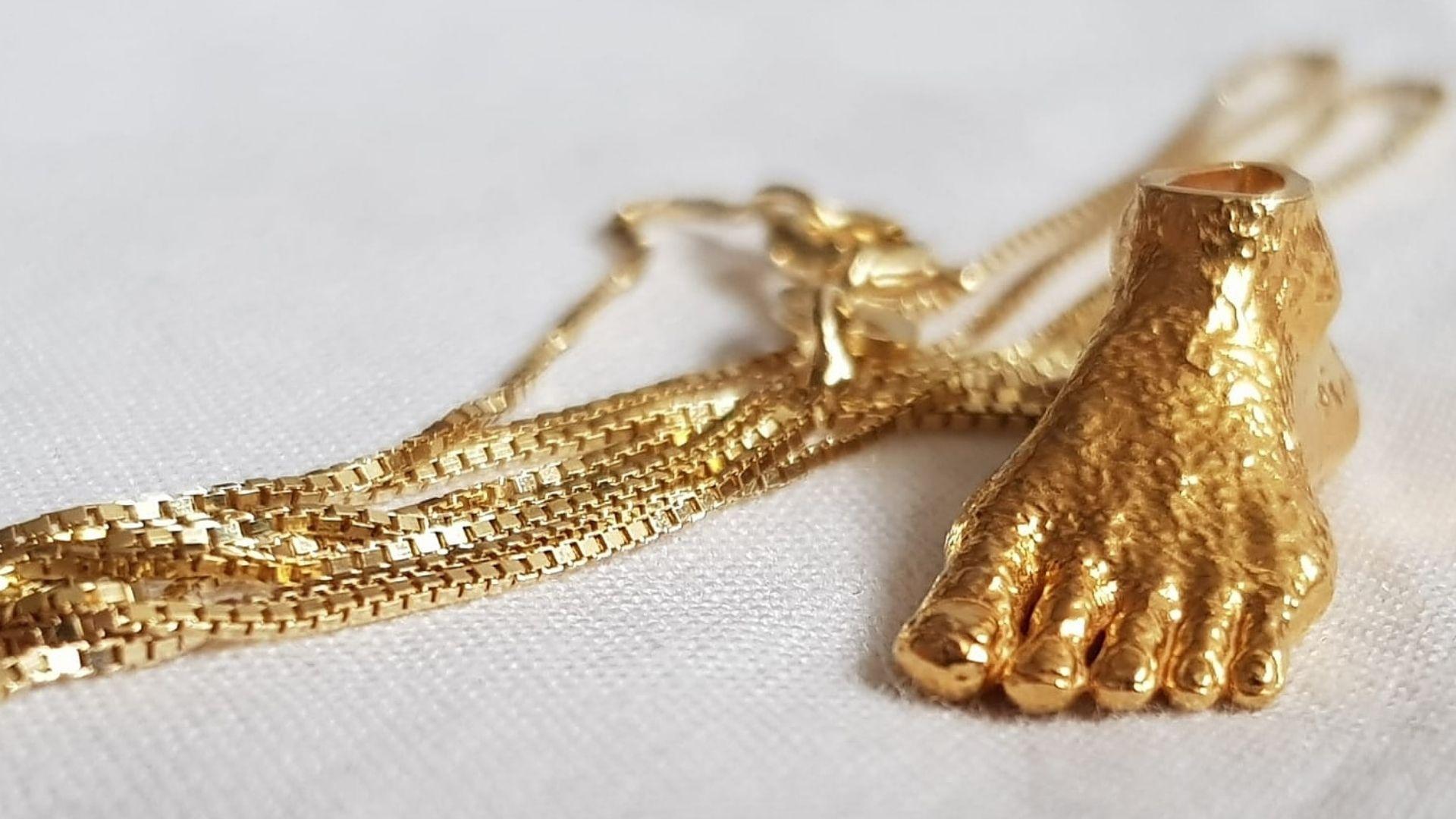 ¿Cómo limpias las joyas de plata con baño de oro?